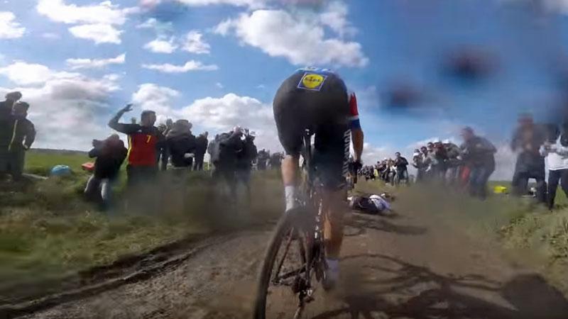 De val van Cancellara vanop de fiets (VIDEO)