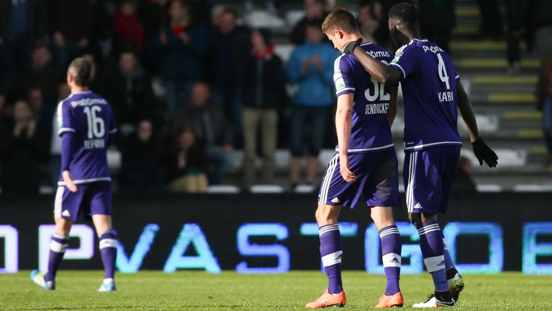 Anderlecht touche le fond face à Ostende