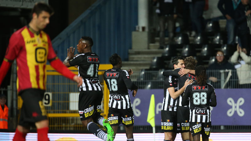 Charleroi troeft Mechelen af en pakt leiding