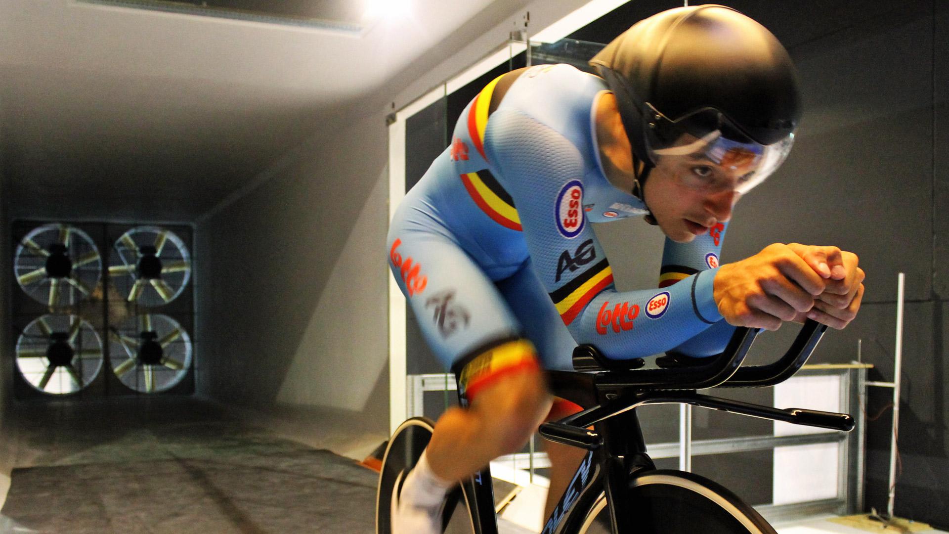 Olympische pistiers De Buyst en D'hoore in de windtunnel