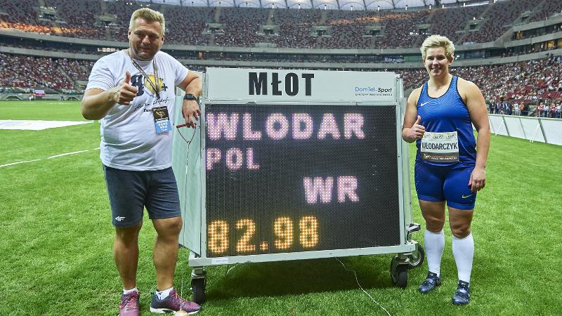 Wlodarczyk verbetert haar wereldrecord hamerslingeren