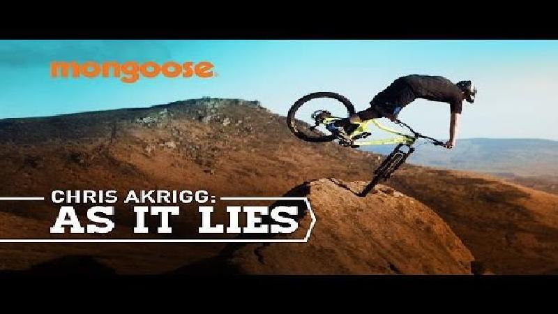 Chris Akrigg heeft geen parcours nodig (VIDEO)