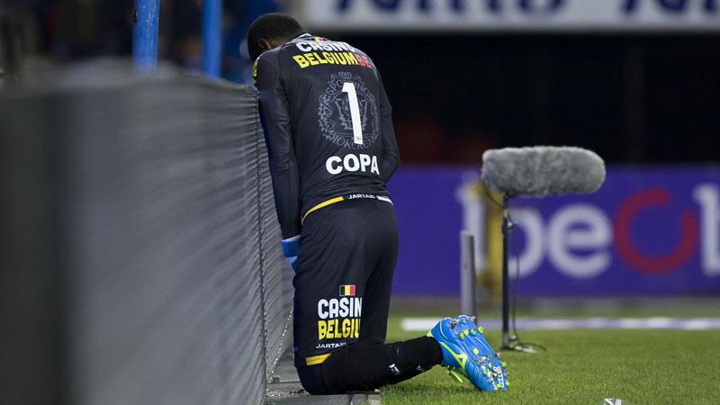 Copa maakt plasje tijdens Genk-Lokeren