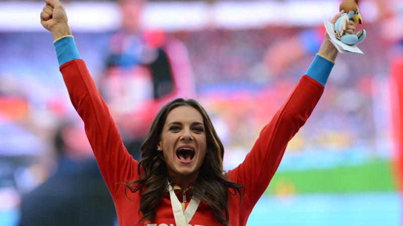 Polsstokspringster Isinbayeva mist indoorseizoen