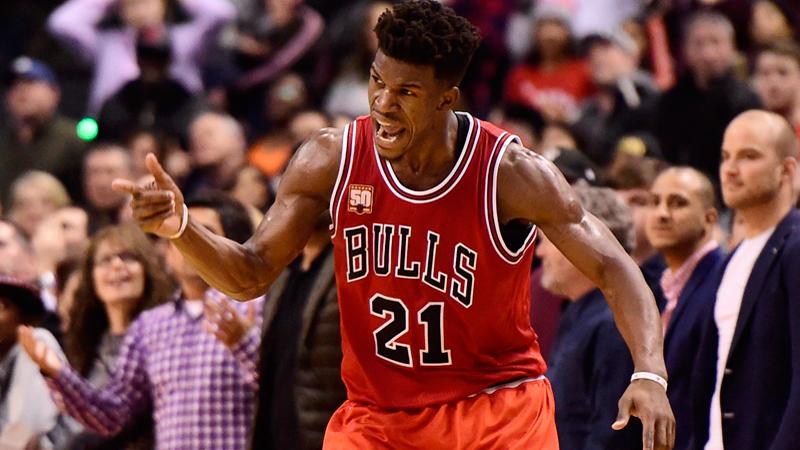 Butler loodst Bulls naar vijfde zege op rij (VIDEO)