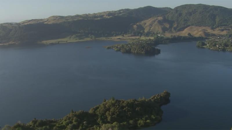 Geniet van het ongerepte decor van deze Nieuw-Zeelandse trail