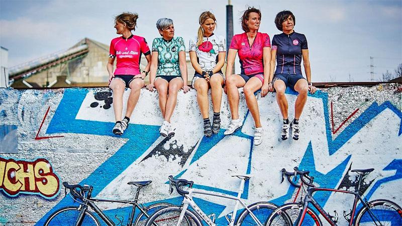 Canary Hill viert eerste verjaardag met nieuwe vrouwenkleding