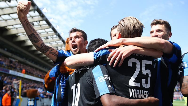 Club Brugge vernedert Anderlecht en is kampioen