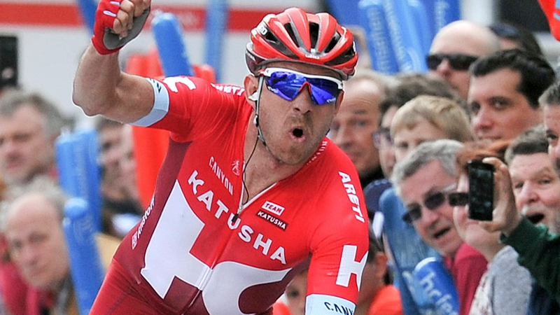Kristoff devant Sagan, Alaphilippe toujours leader (VIDEO)