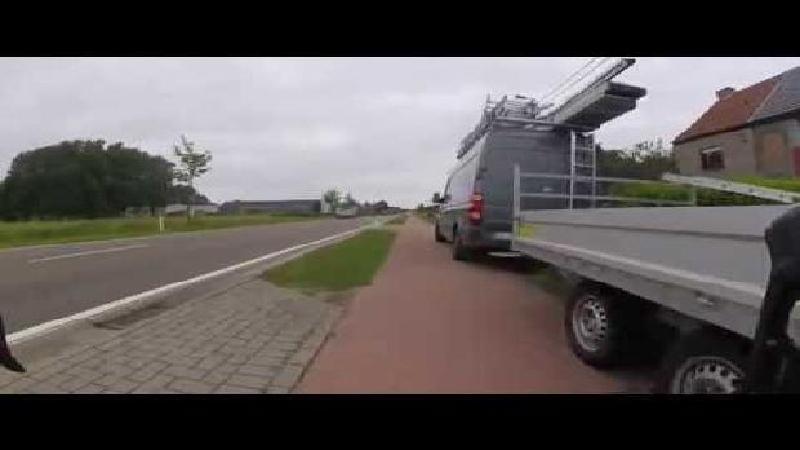 Ontluisterend filmpje van fietser leidt tot belangrijke reacties (VIDEO)