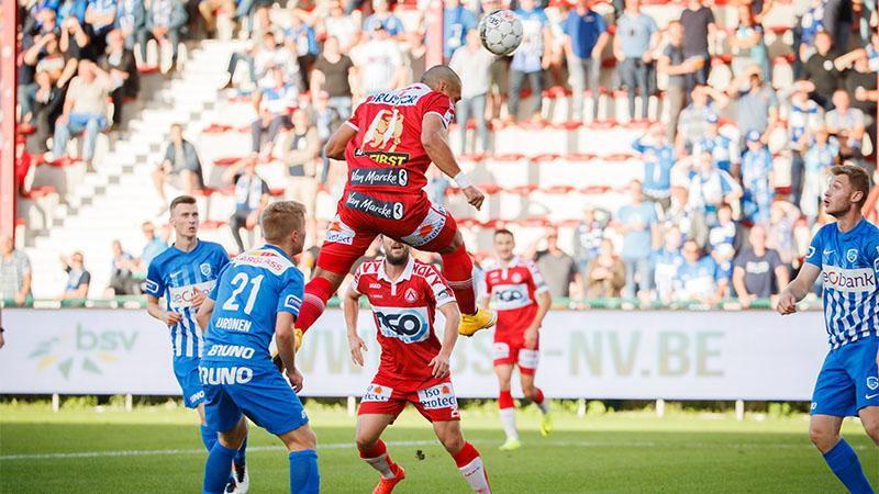KV Kortrijk blikt Genk in na aangename partij