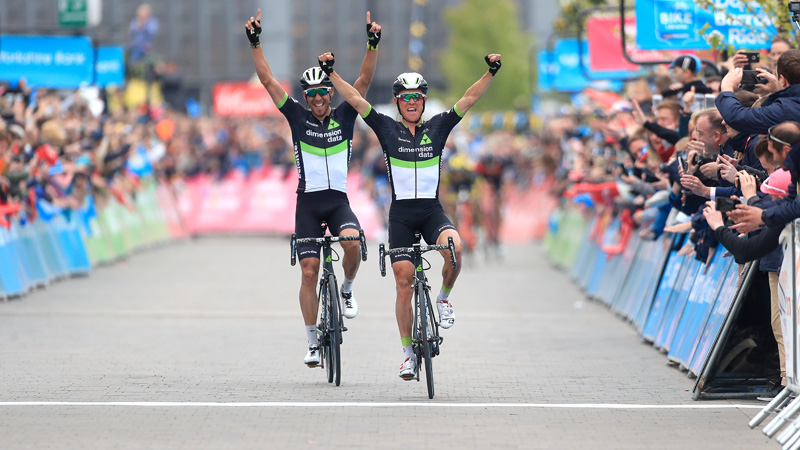 Pauwels slaat dubbelslag in Yorkshire