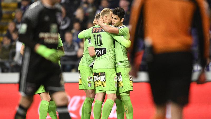 Charleroi gagne à Anderlecht et relance la course au titre