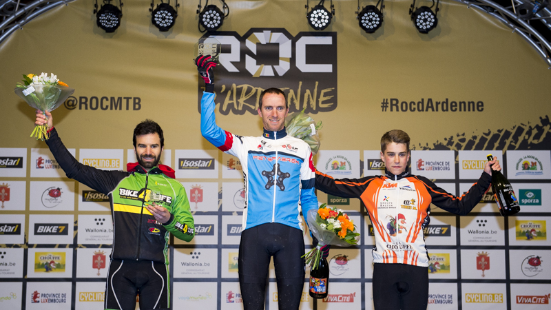 Van Hoovels remporte le premier Roc Night