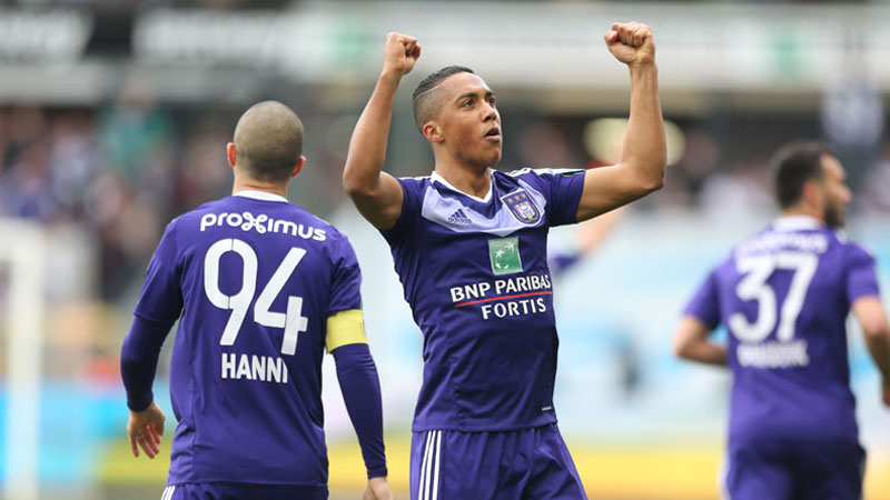 Tielemans rukt op in klassement Pro Assist Century 21