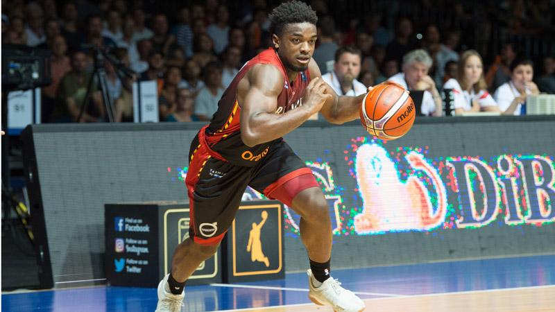aantal spelers basketball