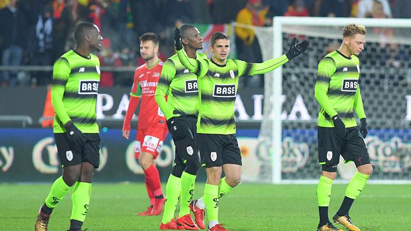 Standard knikkert Oostende uit Croky Cup
