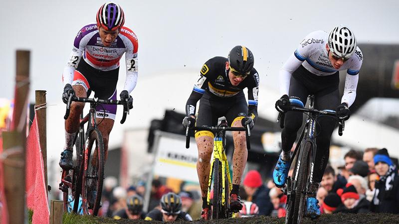 Van der Poel: 'Leuk dat ik hier voor het eerst kan winnen'
