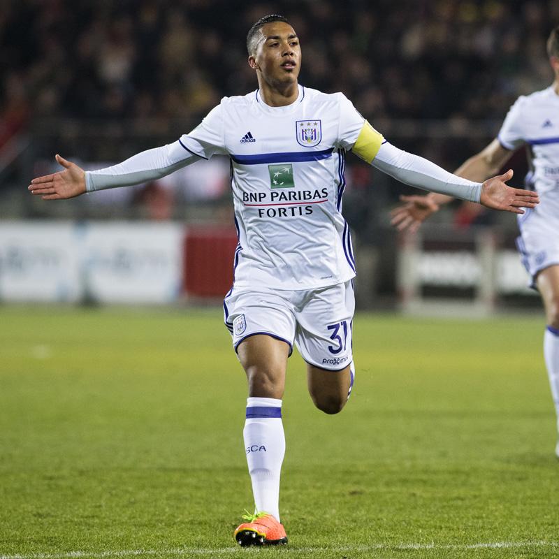 Invaller Tielemans bezorgt Anderlecht de zege in Oostende