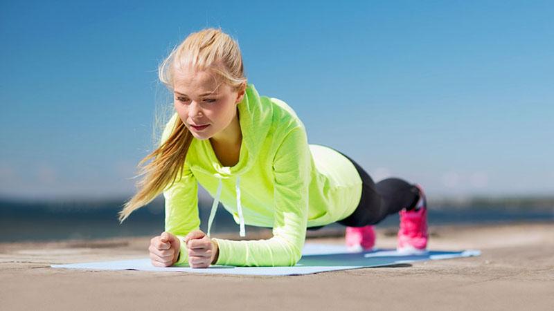 Versterk en versoepel je spieren met deze eenvoudige oefeningen