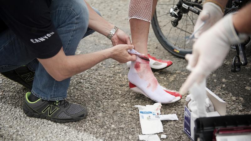 Hoe verzorg je schaafwonden na een val?