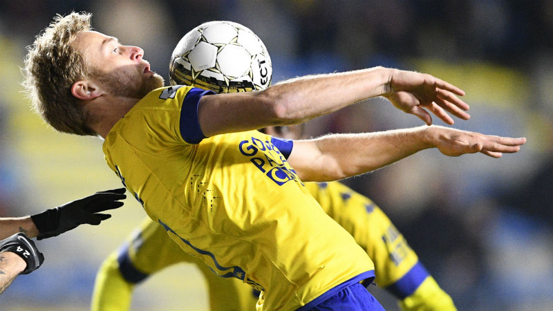 Drie transfers bij Limburgse clubs, Moeskroen haalt twee verdedigers