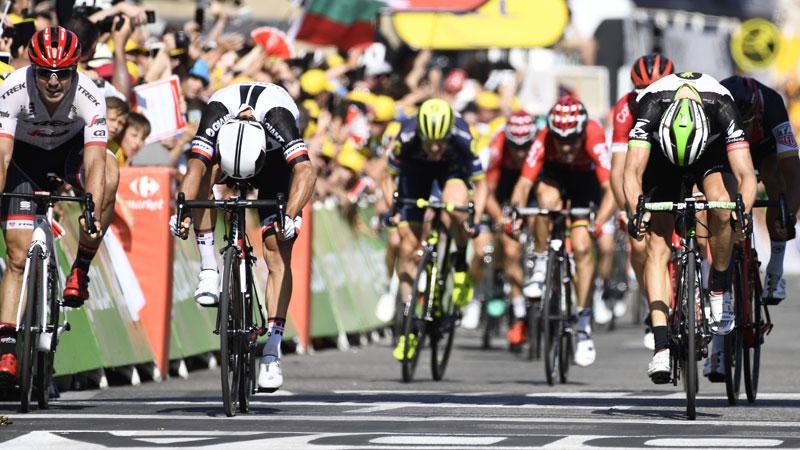 Matthews pakt tweede ritzege, drie Belgen bij eerste acht (VIDEO)