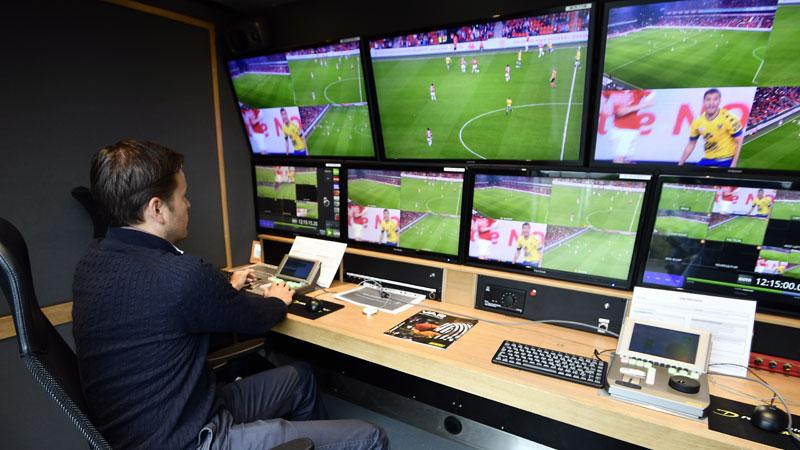 Eupen - Zulte Waregem eerste competitiematch met videoref