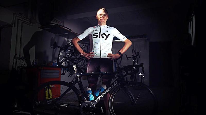 Sky krijgt voor Tour koelere witte Castelli-outfit