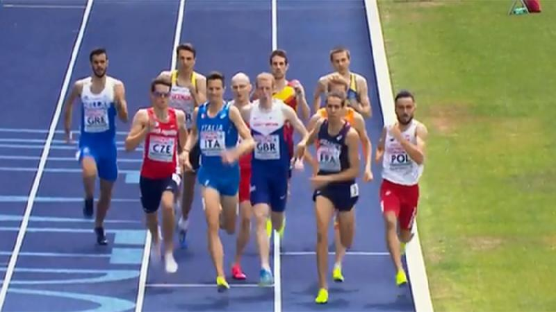 Opnieuw incidentrijke race over 800 meter (video)