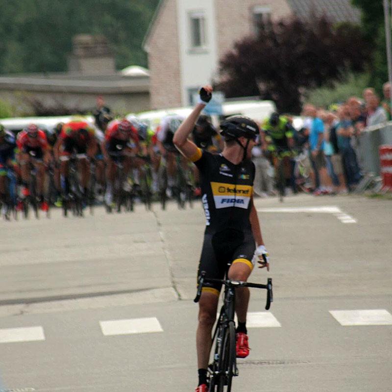 Toon Aerts wint 10 jaar na Sven Nys in Oetingen!