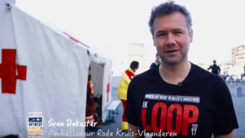 Ambassadeur Sven loopt voor Rode Kruis-Vlaanderen