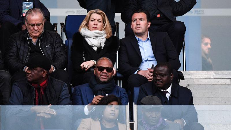 Wilmots ziet Ivoorkust gelijkspelen en supporters veld bestormen (VIDEO)
