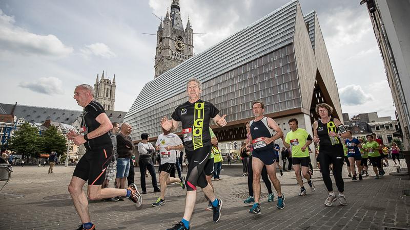 Zonnetje verwent duizenden deelnemers aan Stadsloop De Gentenaar