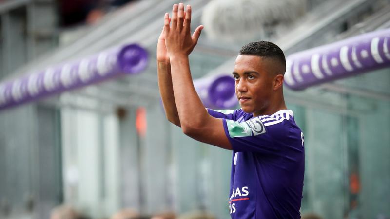 Officieel: Tielemans trekt voor 'recordbedrag' van Anderlecht naar Monaco