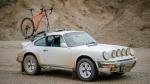 Gekke Cannondale op even gekke Porsche (video)