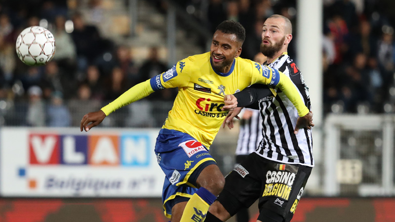 20h30 EN DIRECT: Waasland-Beveren - Charleroi