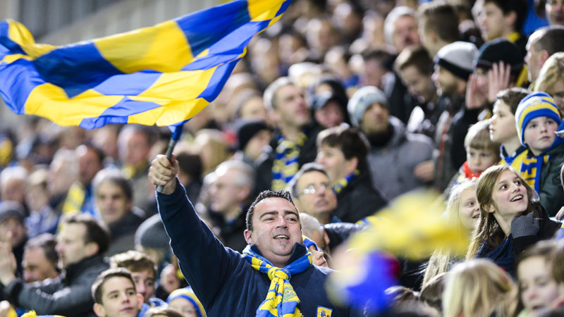 Supporters Waasland-Beveren winnen Wase stappenderby