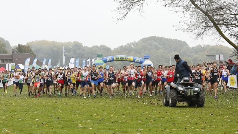 Belgische veldlooptop op Easykit CrossCup Relays in Gent