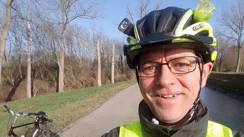 Frank Deboosere bespaart 2500 euro/jaar door naar werk te fietsen