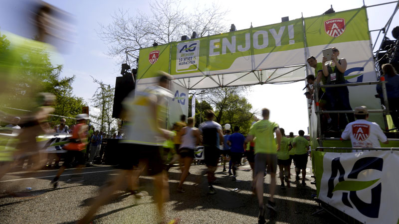 Meer dan 40.000 lopers op warmste AG Antwerp 10 Miles & Marathon ooit