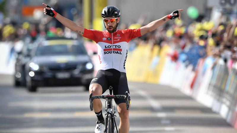 Thomas De Gendt soleert naar overwinning in Romandië