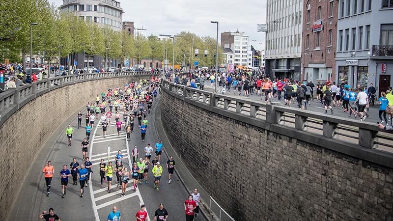 Favoriet Van Peborgh grijpt net naast 6de zege in AG Antwerp 10 Miles