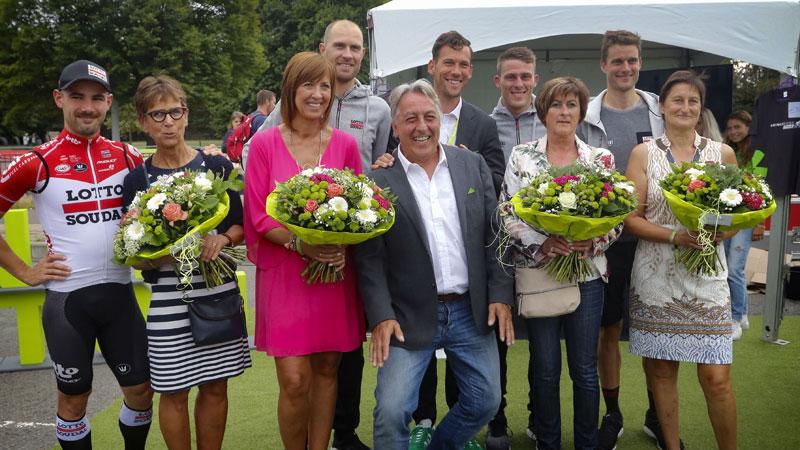 BinckBank Tour zet wielermama's in de bloemetjes op Moederdag