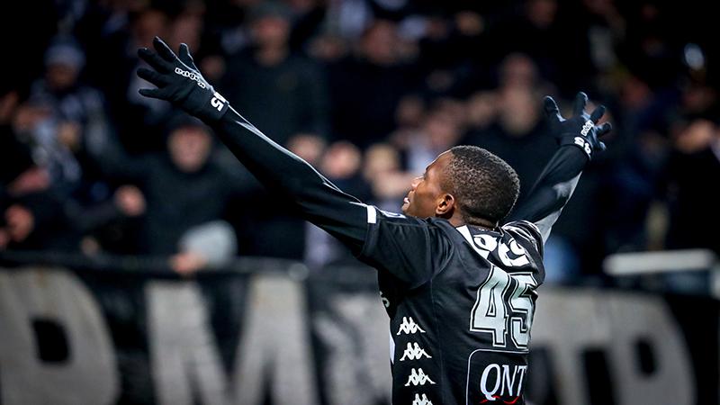 Charleroi wint nog maar eens van AA Gent in Mazzu-time