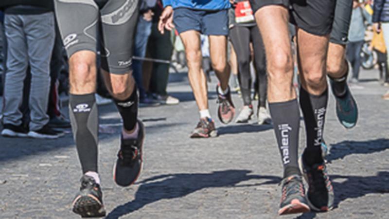 70-jarige loopt marathon in toptijd en verbetert 'oud' record