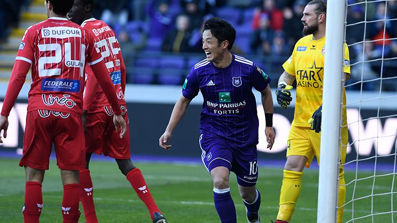 Anderlecht se fait peur malgré un triplé de Teodorczyk