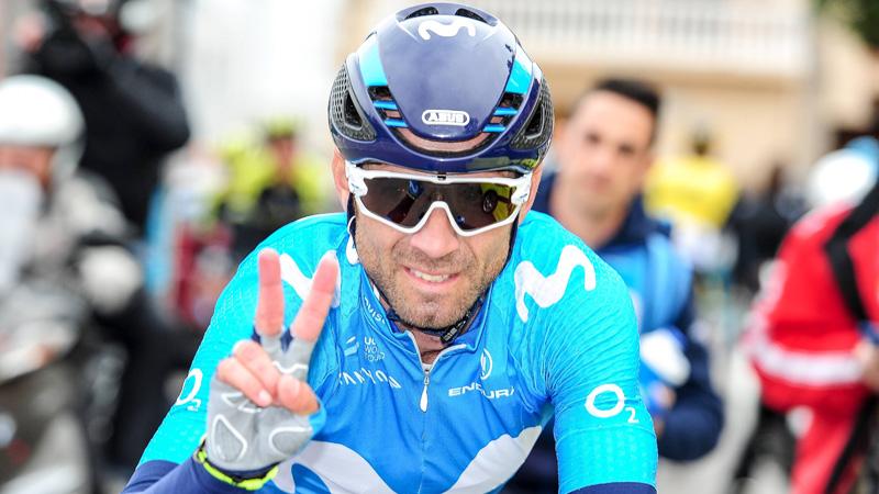 Valverde slaat dubbelslag in Abu Dhabi