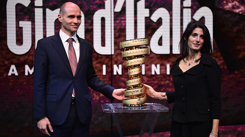Giro geeft wildcard aan ploeg van Ben Hermans en drie Italiaanse teams