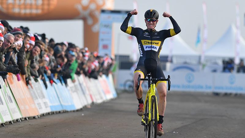 Thijs maakt favorietenrol waar in Koksijde, voor tweede keer Belgisch beloftenkampioen